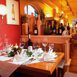 Foto von Café Monsalvy Restaurant