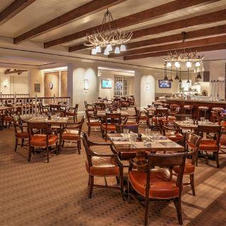 A photo of Daly's Pub & Rec restaurant