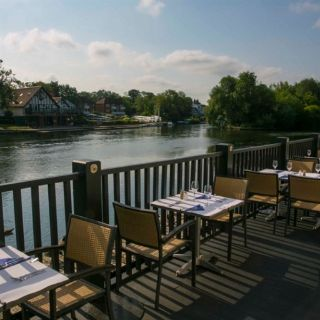 Una foto del restaurante Blue River Café