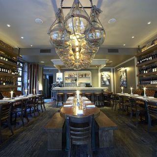 Felice 64 Wine Barの写真