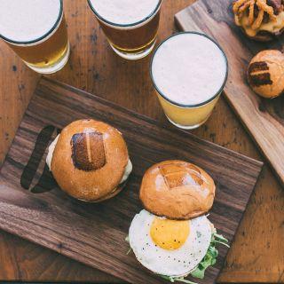 Foto von Umami Burger - Palo Alto Restaurant