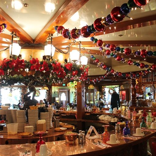 Copper Café and Bakery, at Madonna Inn