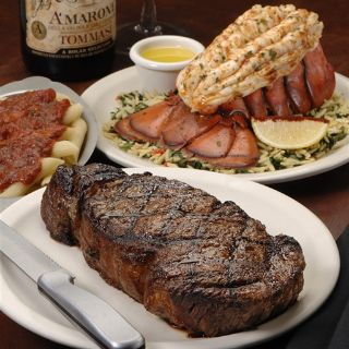A photo of Delmonico's Italian Steakhouse - Utica restaurant