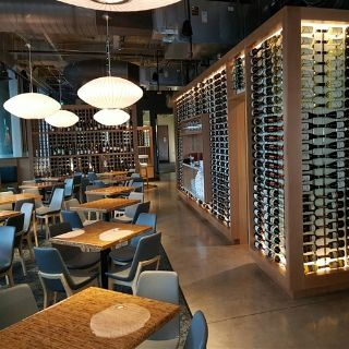 The Grove Wine Bar and Kitchen Downtownの写真
