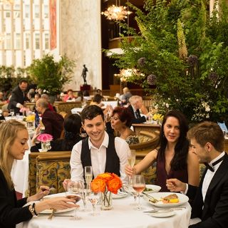 Foto von The Grand Tier Restaurant Restaurant