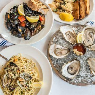A photo of Turner's Seafood - Salem restaurant