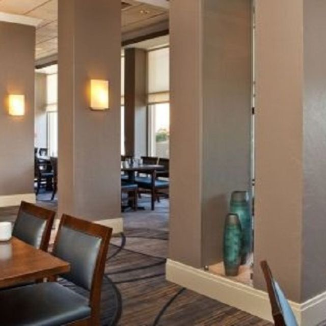 Sheraton Suites Country Club Plaza The