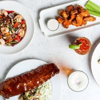 Foto von Earls Kitchen + Bar - West Edmonton Mall - Edmonton Restaurant