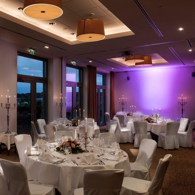 Restaurant River View Im The Rilano Hotel Hamburg Hamburg