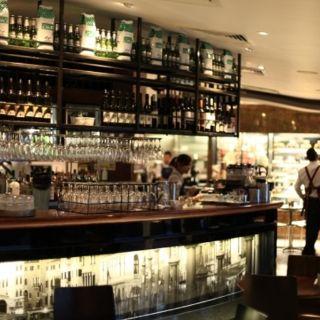 Foto von La Camera Southgate Restaurant