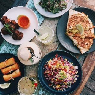A photo of MexiCali Bar y Taqueria restaurant