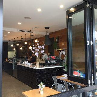 Una foto del restaurante Little Mac Cafe