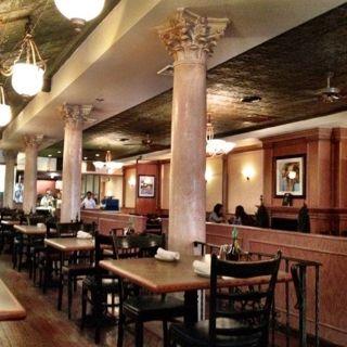 A photo of Pietro's Italian - Walnut restaurant