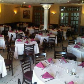 A photo of Villaggio's Ristorante restaurant
