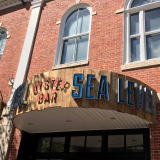 Foto von Sea Level Oyster Bar- NBPT Restaurant