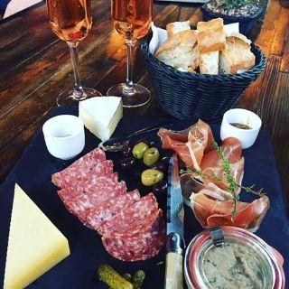 Foto von Maison Bleue Berkeley Restaurant