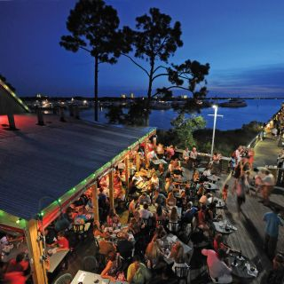 A photo of Hammerheads Bar & Grill restaurant