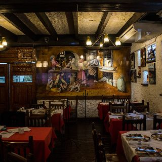 A photo of Centro Castellano - Centro (Planta Baja) restaurant