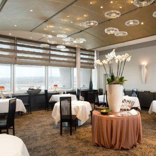 A photo of restaurant top air restaurant