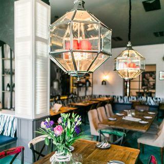 A photo of Taparazzi Restaurant Halle restaurant