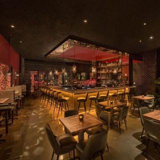 Kings Dining & Entertainment - Miami Doral