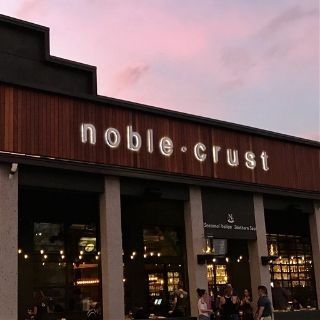 A photo of Noble Crust - Wesley Chapel restaurant