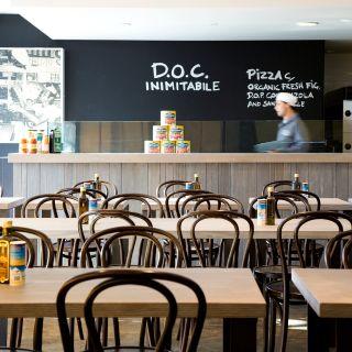 Foto von DOC Pizza & Mozzarella Bar - Mornington Restaurant
