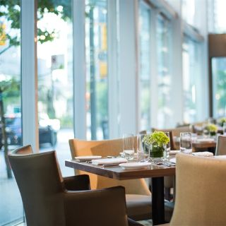 A photo of Showcase Restaurant & Bar restaurant