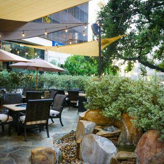 A photo of Davenport's Restaurant restaurant