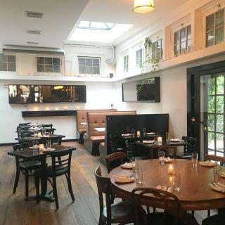 A photo of No. 7 restaurant