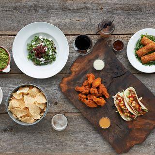 A photo of Turtle Jack's Muskoka Grill - Dixon Rd restaurant