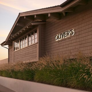 A photo of Oliver's restaurant