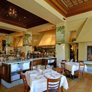 A photo of Il Fornaio - Manhattan Beach restaurant