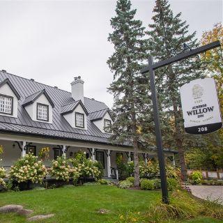 A photo of Auberge Willow Inn restaurant