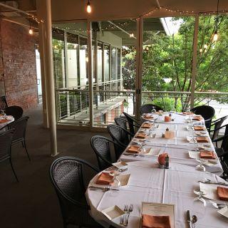 Una foto del restaurante Local Chop & Grill House