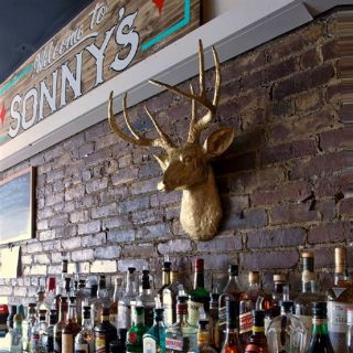 A photo of Sonny's Tavern restaurant
