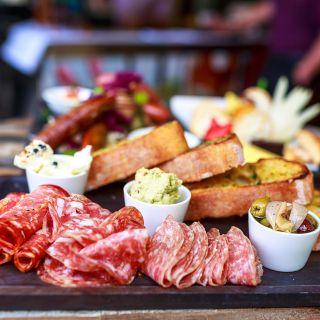 A photo of Gusti Restaurant & Bar restaurant