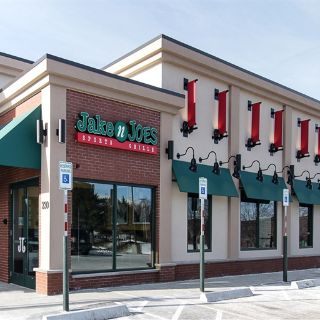 A photo of Jake n JOES Sports Grille - Woburn restaurant
