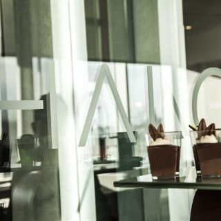 A photo of Halo Bar & Bistro - Renaissance Edmonton Airport restaurant
