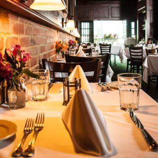 A photo of Hal's - Buckhead restaurant