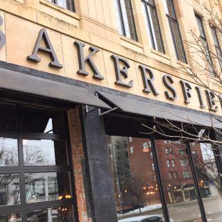 Bakersfield - Detroitの写真