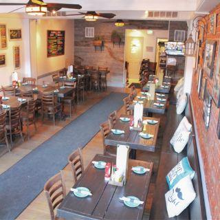 A photo of Alexander's Tavern restaurant