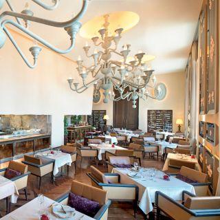 イタリア料理 ラ ベデュータ - セントレジスホテル大阪の写真