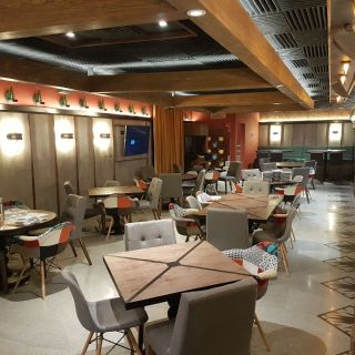 A photo of Cometa restaurant