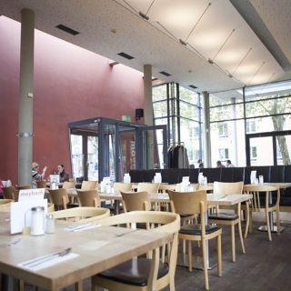 Foto von Maybach Restaurant & Biergarten Restaurant