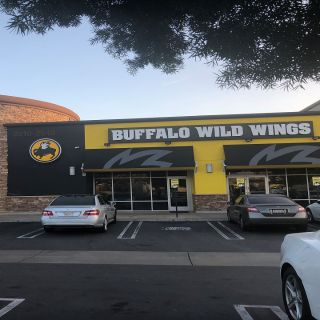 A photo of Buffalo Wild Wings - West Covina restaurant