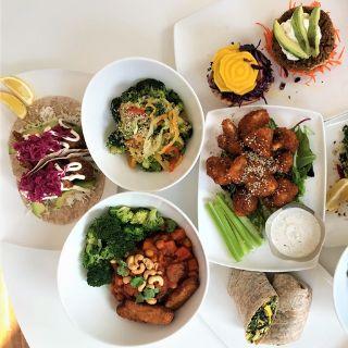 Foto von Fresh on Eglinton Restaurant