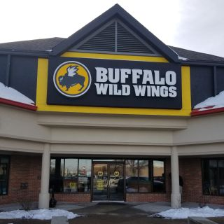 A photo of Buffalo Wild Wings - Champaign restaurant