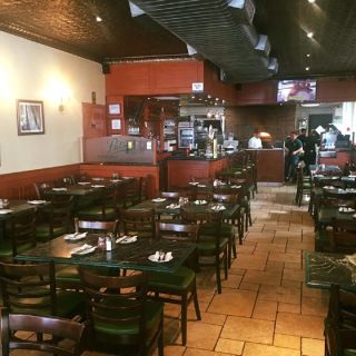 A photo of Patsy's Pizzeria - 69th St restaurant