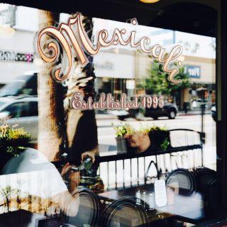 Mexicali Cocina Cantinaの写真